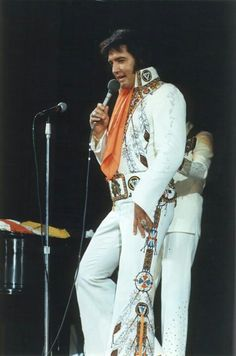 "Elvis Presley ""Memphis, TN., June 10th, 1975. Rob chimed in with a comment ""A photo from this concert was used for the front cover art of the LP, ""From Elvis Presley Blvd, Memphis, Tennessee, "" (1976)."""
