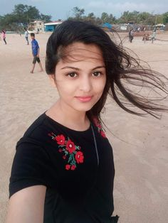 Beautiful Girl In India, Beautiful Blonde Girl, Beautiful Girl Photo, Beautiful Indian Actress, Beautiful Girl Quotes, Gorgeous Women, Dehati Girl Photo, Desi Girl Image, Indian Girl Bikini