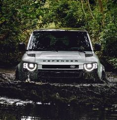 Cars and motorcycles New Defender, Land Rover Defender, True Car, Range Rover Supercharged, Jaguar Land Rover, Car Photos, Cars And Motorcycles, Offroad, Luxury Cars