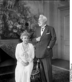 German Emperor Wilhelm II (1859-1941), 1st Child of Princess Victoria (1840-1901) & Frederick III (1831–1888) King of Prussia & Wilhelm II's  2nd wife Princess Hermine Reuss of Greiz (1887-1947), 5th child of  Heinrich XXII Prince Reuss of Greiz (1846–1902) & Princess Ida Mathilde Adelheid of Schaumburg-Lippe (1852–1891). Although they had no children together, Hermine's youngest daughter Henriette married Wilhelm II's grandson Prince Karl Franz (son of Prince Joachim).