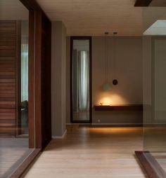 A iluminação pode ser como a luz do dia, ou ténue só para criar ambiente. Para qualquer uma das intenções, a Stoc Casa tem a solução.