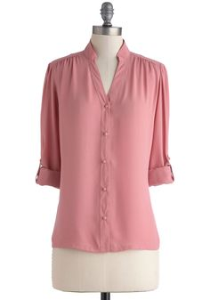 The Grand Tour Guide Top in Rose By Myrtlewood| Mod Retro Vintage Short Sleeve Shirts | ModCloth.com