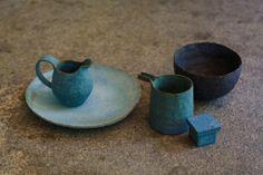 茨木 伸恵. Nobue Ibaraki, Japanese potter. This is a link to his Facebook page.