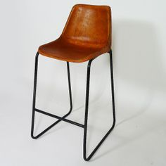 Table et chaise on pinterest bar wood slab table and industrial stool - Chaise de bar en cuir ...