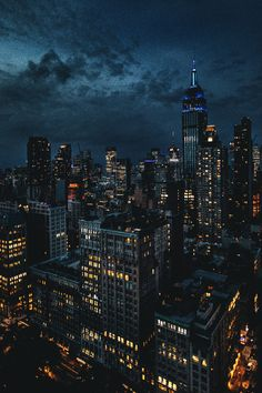 🗽 New York & Cityscape 🗽 New York Wallpaper, City Wallpaper, Scenery Wallpaper, Iphone Wallpaper, Night Aesthetic, City Aesthetic, Nyc Background, New York Night, City Vibe
