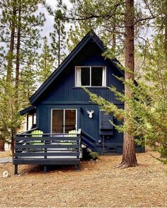 There is something magical about A-frame cabin homes. A-frame cabin homes were super popular back in and and you … Tiny House Cabin, House With Porch, Cabin Homes, Small Log Cabin, Small Cabins, Tiny House Design, Tiny House On Wheels, Tiny Homes, Tiny House Movement