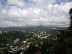 Vue sur les quartiers de Fort de France Martinique on Photos Martinique  http://www.caraibemosaique.com/photosmartinique/social-gallery/dscn7854-7