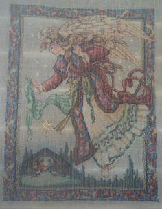 The Christmas angel rovescio ricamato da giuseppina ceraso http://crocettando.wordpress.com