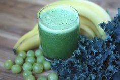 Barefeet In The Kitchen: Orange Grape Banana Kale Smoothie