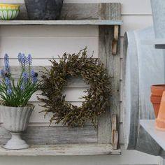 Inspirasjon – Min Oase Trapper, Diy Wreath, Christmas Wreaths, Planters, Holiday Decor, Winter, Garden, Home Decor, Patio