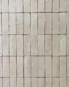"DANIELLE HAUSBERG DESIGN on Instagram: ""Kitchen backsplash in my Brentwood project, pre grout but still beautiful 🖤love the process of this type of installation. Each tile is hand…"" White Duvet, Grout, Beautiful Love, Kitchen Backsplash, Tile Ideas, Type, Projects, Instagram, Design"