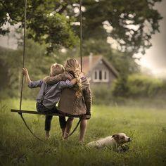 Mi-e dor de mine cum am fost odată, copil zburdalnic…tânăr visitor… Children Photography, Family Photography, Portrait Photography, Country Kids Photography, Baby Set, Baby Kind, Cute Love, Belle Photo, Country Life