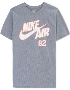 b94d6bd44b1f NIKE Short Sleeve T-Shirt.  nike  cloth  t-shirt