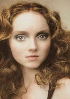 Lily Cole as Elayne