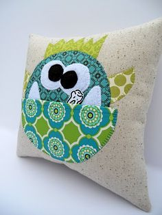 Tooth Fairy pillows....couple different designs.  These are adorable!  I must remember these