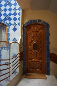 Thanks to its diversity, to its architectural landscape, to its sunny beaches and lively nightlife, Barcelona is one of the best destinations in Europe. Apartment Door, Antoni Gaudi, Sunny Beach, Color Tile, Concert Hall, Beautiful Buildings, Amazing Destinations, Night Life, Playground