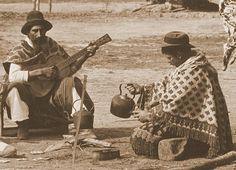 Mate y guitarreada...
