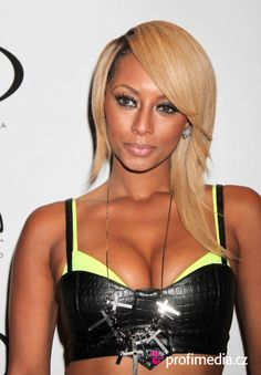 keri hilson - Google Search Keri Hilson Hairstyles, Bob Styles, Hair Styles, Types Of Women, Black Girls Rock, African Hairstyles, Cut And Style, Sexy Dresses, Style Icons