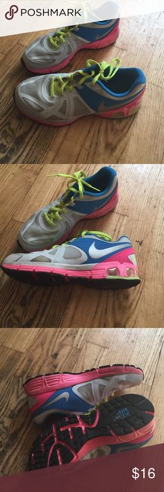 Nike max air Very good condition worn but in good shape Nike Shoes Sneakers