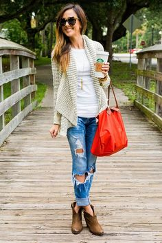 TRAVEL OUTFIT + KNIT CARDIGAN