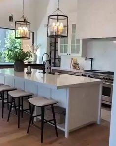 Open Plan Kitchen Living Room, Kitchen Room Design, Modern Kitchen Design, Home Decor Kitchen, Interior Design Kitchen, Kitchen Furniture, Home Kitchens, Kitchen Ideas, American Kitchen Design