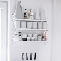 S h e l f i e | Another image from my today's blog post about our kitchen with the #stringpocket shelf and lots of #evasolo goodies. . . . Have a wonderful Friday evening dear all!
