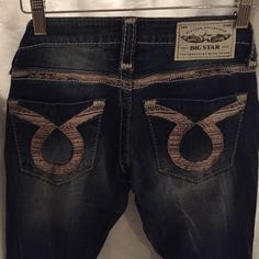 """Big Star Jenae Jeans!! 24 NWOT Big Star Vintage Collection Jenae Low Rise Straight leg jeans size 24  These are seconds.   Inseam: 29"""", leg opening: 5"""" waist flat: 13"""" rise: between 6"""" and 6.5"""".   Materials: 92.8% cotton, 6.2% polyester, 1% spandex. Made in China Big Star Jeans Skinny"""
