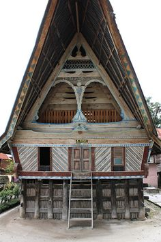 Traditional Batak House in Ambarita Island, Sumatera   Vancouver Banshee  