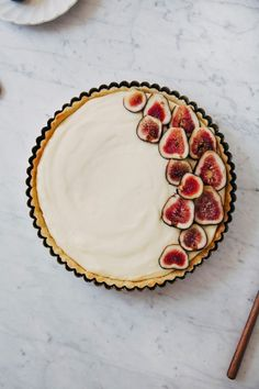 Fresh Fig and Lemon Cream Tart | Hummingbird High