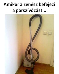 Music funny classical Ideas for 2019 Music Memes Funny, Music Jokes, Flute Jokes, Sound Of Music, Music Is Life, Good Music, Violin Lessons, Music Pictures, Senior Pictures