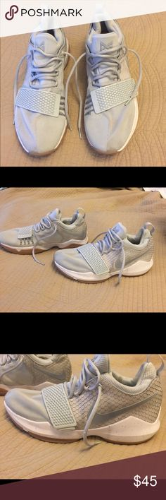 Nike PG1 Men's Size 10.5 Great pair of grey PG1s. Worn ONLY on a basketball court, not on the street. Please feel free to ask questions or for more pics! Nike Shoes Athletic Shoes