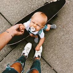 Onde Aaliah Easterling se muda para a Hype House, e às 3 da manhã, el… #fanfic # Fanfic # amreading # books # wattpad Cute Little Baby, Lil Baby, Baby Kind, Little Babies, Cute Babies, Cute Family, Baby Family, Family Goals, Future Mom