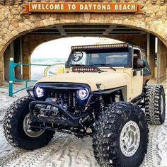 20 Jeep That Can Cross a Dessert but Could not Cross the Street 1997 Jeep Wrangler, Jeep Cj7, Jeep Wrangler Unlimited, Jeep Wrangler Custom, Jeep Rubicon, Nissan Trucks, Badass Jeep, Jeep Camping, Custom Jeep