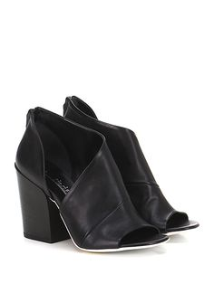 Fiori Francesi - Tronchetto - Donna - Tronchetto open toe in pelle con zip su retro e suola in cuoio, tacco 100. - NERO - € 198.00