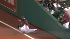 5/4/2015: George Springer's (Houston Astros) phenomenal catch in foul territory @ Houston Astros.