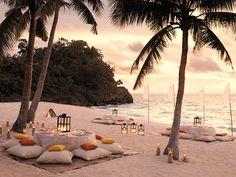 Decoración romántica en la playa