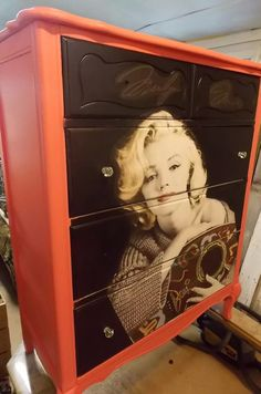 Marilyn Monroe dresser at Past Times Mini mall in New London Mo!!! Like us on Facebook!