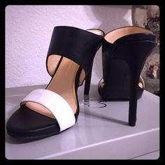 """GORGEOUS black & white heels ❤️ NWT gorgeous black and white slip-on heels. The heel measures between 4.75-5"""" with a 1/2"""" platform. Perfect for summer  Jessica Simpson Shoes Heels"""