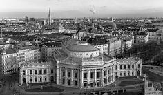 Burgtheater vom City Skyliner - 2015 Woche 9