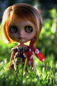 I want a doll like this soooooo badly!
