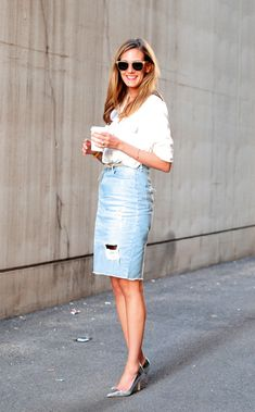 simple in white + denim