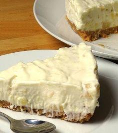 DELICIOUS & Sooooo Easy To Make No Bake Pineapple Cream Cake! - Desserts Corner