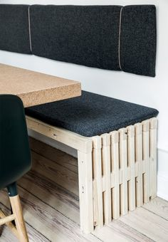 DIY: Built your own homemade bench to the kitchen. Grind some dollies well, so there is no ear chippings in the surface. Make a cushion in the same fabric as the backrest to create a calm look.