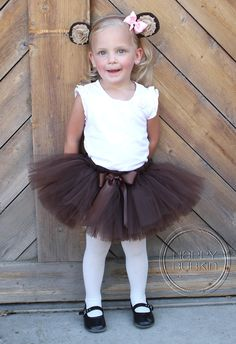 Handmade Tutus and Costumes by Happy Bubkin! Listing includes: *LIL MONKEY COSTUME - Custom made, super cute hand-tied full and fluffy tutu skirt Diy Monkey Costume, Monkey Costumes, Toddler Girl Halloween, Toddler Costumes, Animal Costumes, Halloween Costumes For Girls, Diy Costumes, Costume Ideas, Overall Shorts