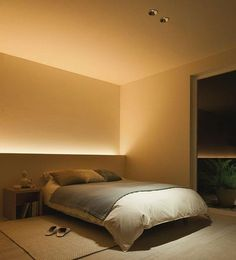 Note: indirect lighting hidden behind furniture. Don't need to clutter space with additional lamps etc and provides nice ambient light.Benzile cu LED-uri, noul trend in iluminarea caseiI love how soft this indirect lighting is. Modern Lighting Design, Interior Lighting, House Lighting Design, Home Bedroom, Bedroom Decor, Bedroom Ideas, Lighting Ideas Bedroom, Master Bedroom, Bedroom Simple