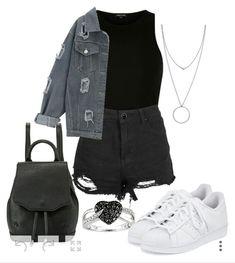 Black, fashion, and grey image grunge outfits стиль одежды, Grunge Outfits, Punk Outfits, Stylish Outfits, Fashion Outfits, Batman Outfits, Pop Punk Fashion, Grunge Fashion, Teen Fashion, Korean Fashion