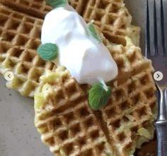 Простые и вкусные блюда: Кабачковые оладьи с 3 инградиентов Waffles, Cooking, Breakfast, Food, Kitchen, Morning Coffee, Eten, Waffle, Meals