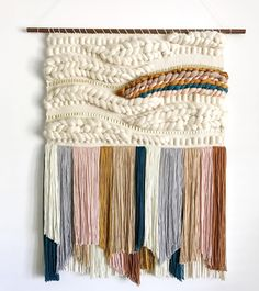 Art DIY Woven Tapestry Tutorials - Hey Lai Tips For Buying A Furnace A furnace is a device found in Weaving Wall Hanging, Weaving Art, Weaving Patterns, Tapestry Weaving, Tapestry Wall Hanging, Hand Weaving, Loom Weaving Projects, Weaving Loom Diy, Macrame Patterns