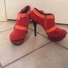 Platform heels Orange stylish heels, never worn outside I've only tried them on. Shoes Platforms