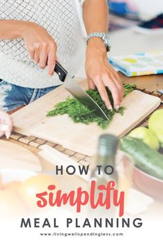 Dreading dinnertime again? Meal planning is easy and will help you get ahead. Don't miss these ten helpful tips for simple meal planning! #mealplanning #mealprep #freezermeals #cookingtips #cooking Sunday Meal Prep, Easy Meal Prep, Healthy Meal Prep, Easy Meals, Keto Meal, Healthy Dinners, Kids Nutrition, Health And Nutrition, Women's Health